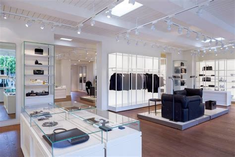 Stores Los Angeles by Bottega Veneta Opens Exhibition Like Store In Los Angeles