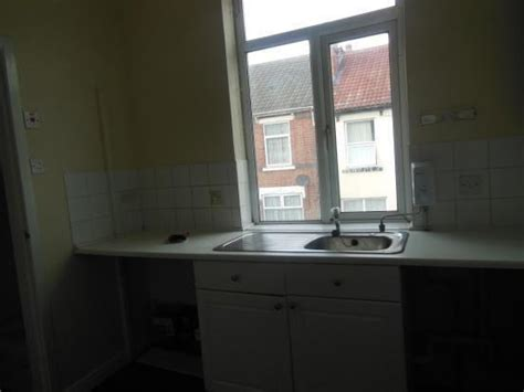 1 Bedroom Flat Dss Accepted by Dss Accepted 1 Bed Flat To Bentley Bridge Retail