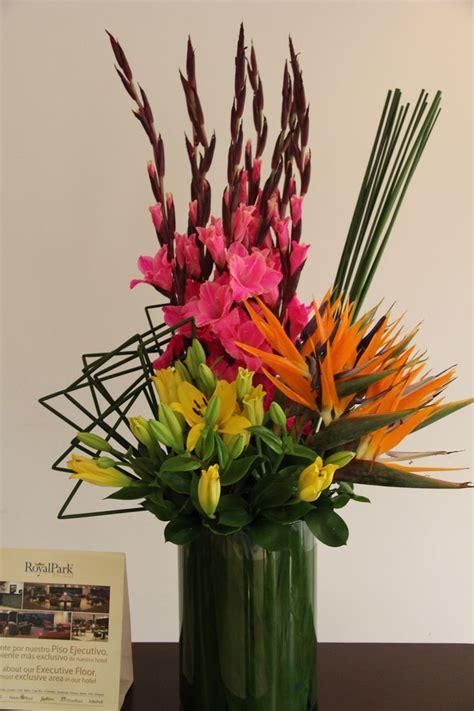 17 best ideas about tropical flower arrangements on tall tropical flower arrangements www imgkid com the