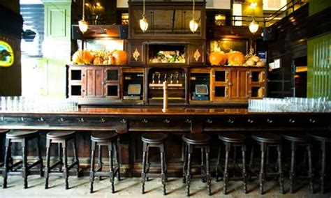The Breslin Bar And Dining Room Ny by The Breslin At Ace Hotel New York American Interiors