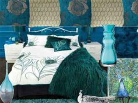 peacock inspired bedroom peacock bedroom on peacock bedding peacocks and peacock blue
