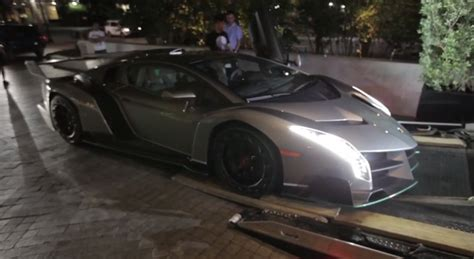 Lamborghini Owners How A Lamborghini Veneno Gets Delivered To Its New Owner