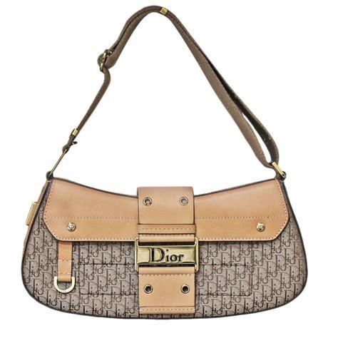 Sells Handbags by Sell Christian Handbags