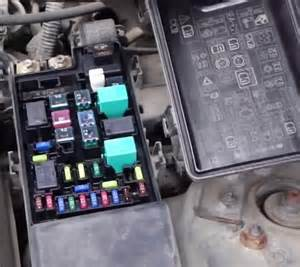 where is the 2003 wiper relay on a 2003 honda accord