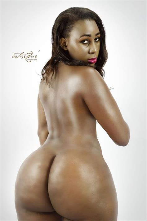 Kenyan Socialite Pesh Goes Completely Naked My Celebrity I