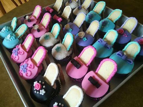 simply sweet high heel shoe cupcakes