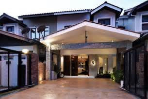 alam impian terrace house treated with a contemporary