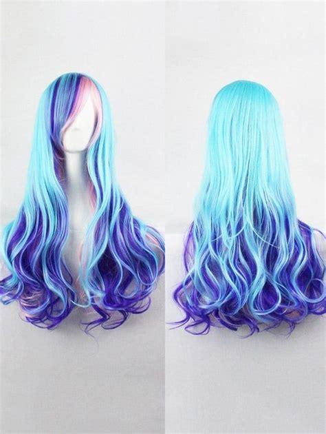 perruque synthetique longue ondulee coloree avec frange