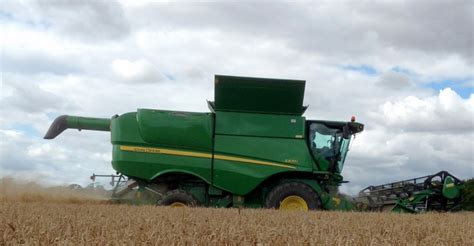 new john deere combine developments for 2015 new john deere combine developments for 2015 agriland