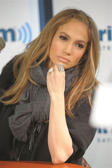 hair color for hispanic women over 40 jennifer lopez hair color