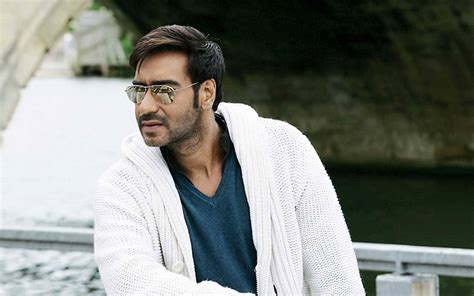 film india terbaru ajay devgan top 10 richest bollywood actors of 2016 by income and networth