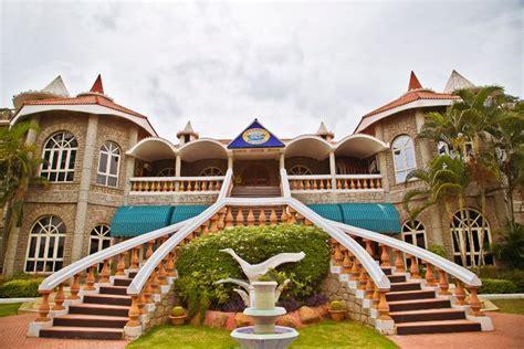Celebrity Resort Shamirpet, Hyderabad   Banquet Hall