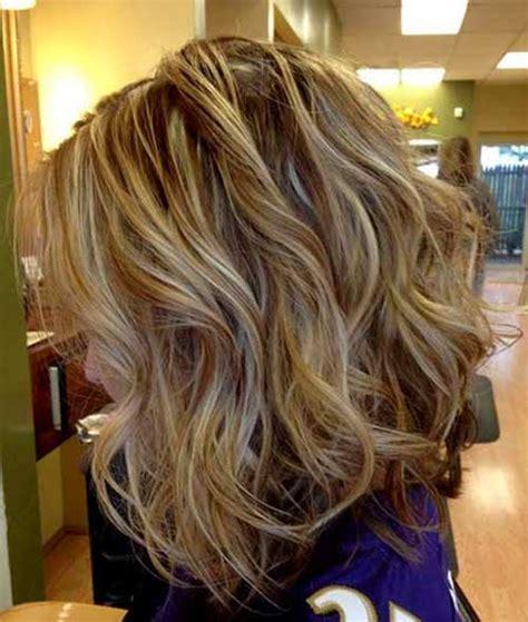 short curly brown hair with highlights 40 beachy waves short hair short hairstyles 2017 2018