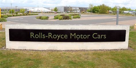 Rolls Royce Salary Uk Rolls Royce Workers Stage Carmaker S Strike