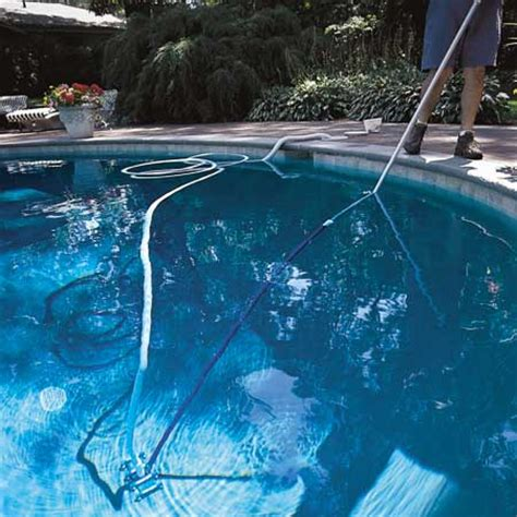 pool cleaning tips how to clean you swimming pool home designs project