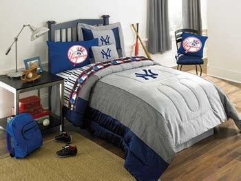 new york yankees comforter set queen new york yankees authentic full queen comforter only 89 99