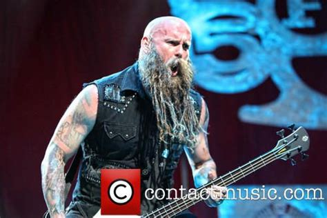 what xm station plays five finger death punch chris kael five finger death punch music pinterest