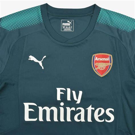 arsenal away kit 17 18 arsenal 17 18 goalkeeper home away kits released footy