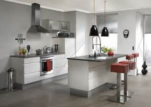 Flat Pack Kitchen Cabinets by مطابخ مودرن