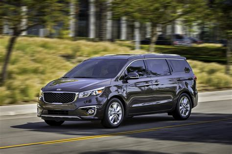 Kia Big 3 by Kia Restores Our Faith In Big Mpvs With All New 2015