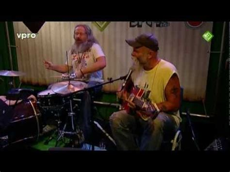 back in the dog house seasick steve back in the doghouse youtube