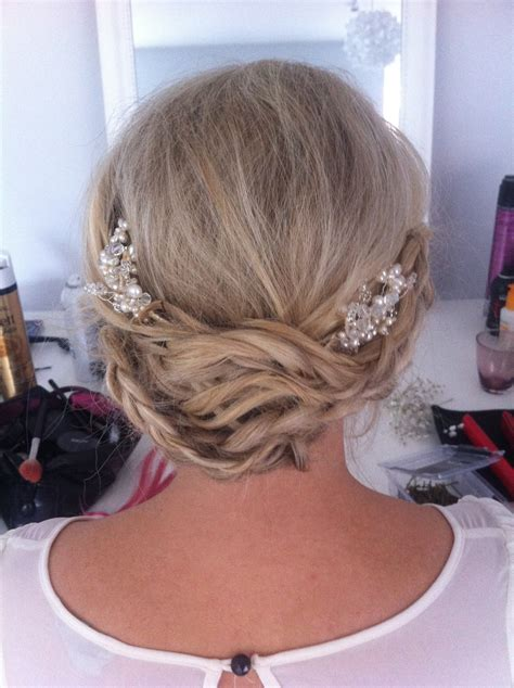 Wedding Hair Dress Up by Hair Up Wedding Hair Ideas For Brides Wanting To Wear