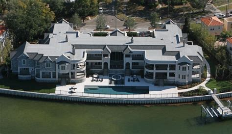 jeter s megamansion grandslammed by tax ny daily news
