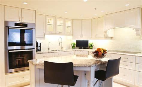 armoire cuisine en bois armoire de cuisine blanche