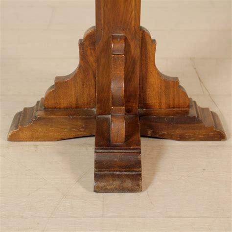 coppia comodini antichi coppia di comodini in legni antichi mobili in stile