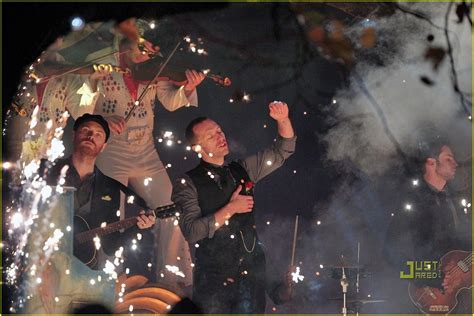 coldplay christmas lights video preview photo 2498769