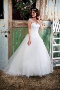 amanda cbell wedding dresses tulle gown wide straps amanda