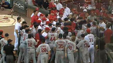 bench clearing brawl video of st louis cardinals and cincinnati reds bench clearing brawl review st louis