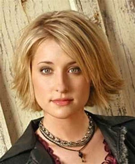 layered chin length hairstyles for women 30 best short hairstyles for round faces short