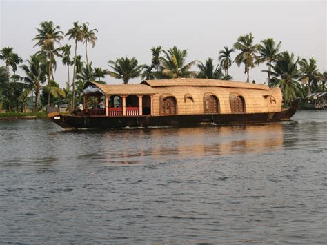 kerala india boat house kerala houseboat india travel forum indiamike com