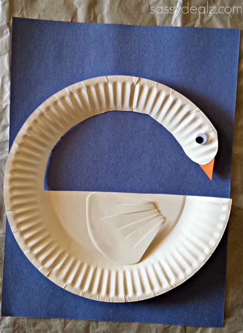 Paper Plate Craft - diy swan paper plate craft for crafty morning