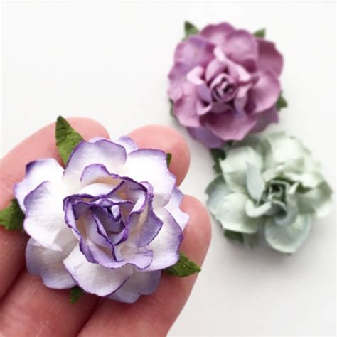 Paper Folwer paper flowers in 22 colors for diy wedding projects kara s vineyard wedding