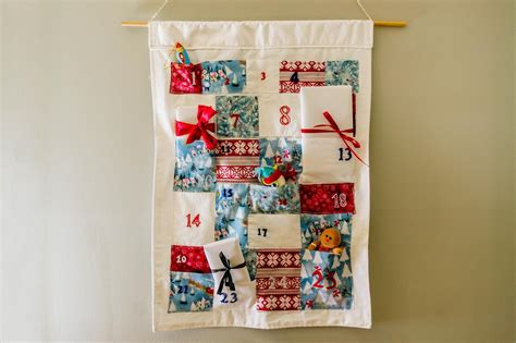 Handmade Fabric Advent Calendar - how to make a fabric advent calendar diy