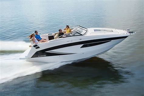 glastron boat dealers uk glastron returns to the uk motor boat yachting