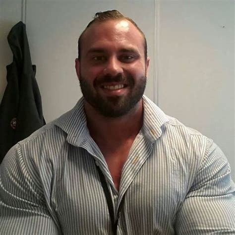 hombres osos facebook las 25 mejores ideas sobre hombres osos musculosos en