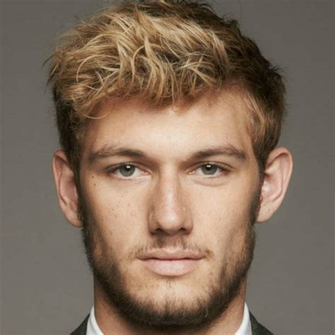 Alex Pettyfer Hairstyle by How To Get The Dishevelled Hairstyle The Idle