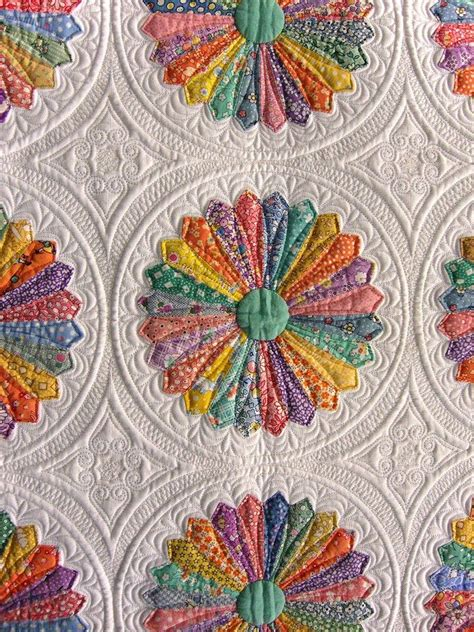patchwork applique best 25 applique quilts ideas on aplique