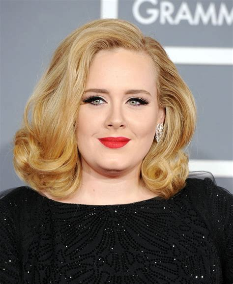 hairstyles for round face and big eyes celebria adele knocks lady gaga off top spot as biggest