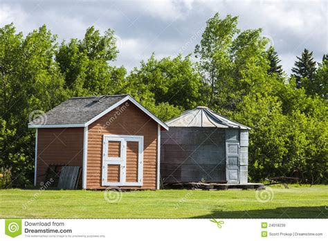 Grain Bin Shed by Shed And Grain Bin Royalty Free Stock Images Image 24018239