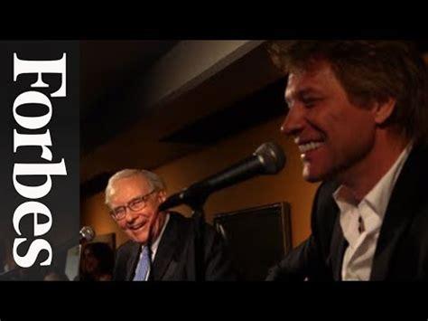 Jon Bon Jovi Lends A To Charity by Warren Buffett Jon Bon Jovi A Ukulele Duet For Charity