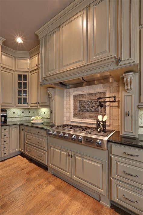 chalk paint grey cabinets 1000 ideas about chalk paint cabinets on