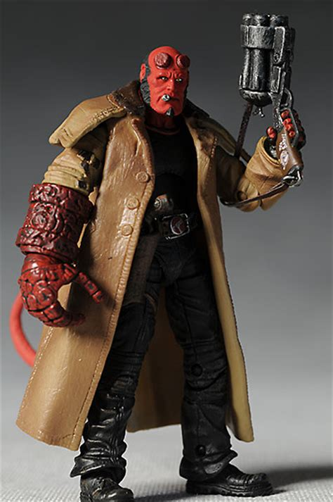 18 Inch Deluxe Hellboy Figure Hellboy Ii The Golden Army mezco hellboy 18 inch figure images