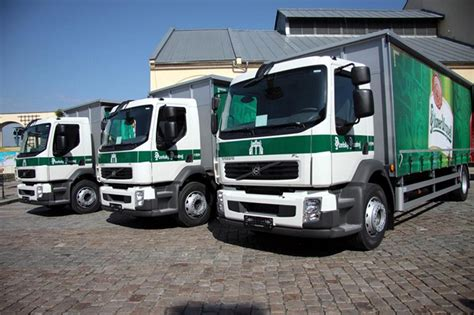 volvo truck fl pilsner distributed with volvo fl trucks in the
