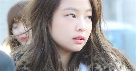 blackpink no makeup blackpink jennie spotted in public with zero makeup on y