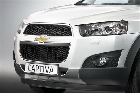 chevrolet captiva 2011 chevrolet captiva first look