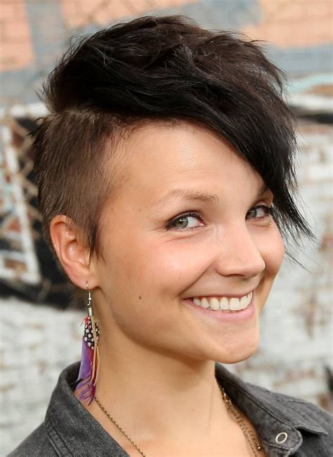 haircuts for hair shoter on the sides than in the back the 20 hottest hairstyles of 2012